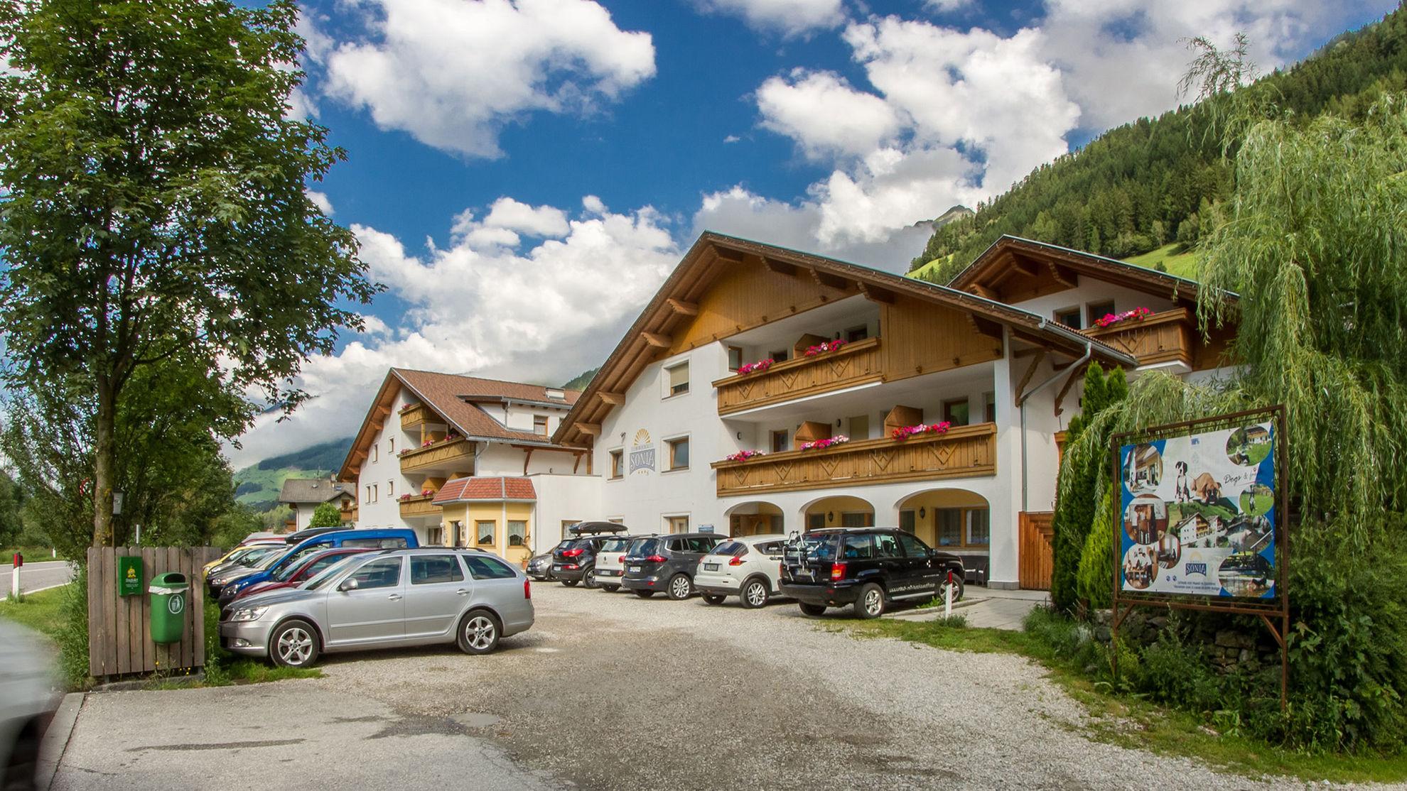 Hotel Sonja Hotel Sonja Im Ahrntal Sudtirol Valle Aurina